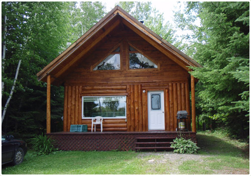 Cottage in the woods in Gaspésie for hosting clients