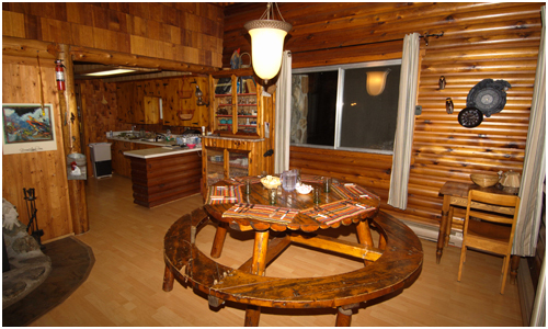 Chalet accommodation for clients includes the hosting service of Destination Le Mirage Outfitter