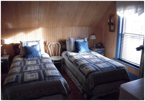 Inside view of cottage for the accommodation of the client at Destination Le Mirage Outfitter